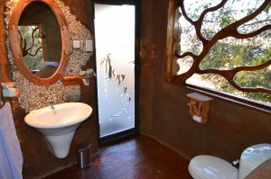 The bathroom of the luxury cave