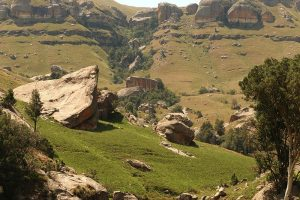 drakensberg mountains - Highmoor