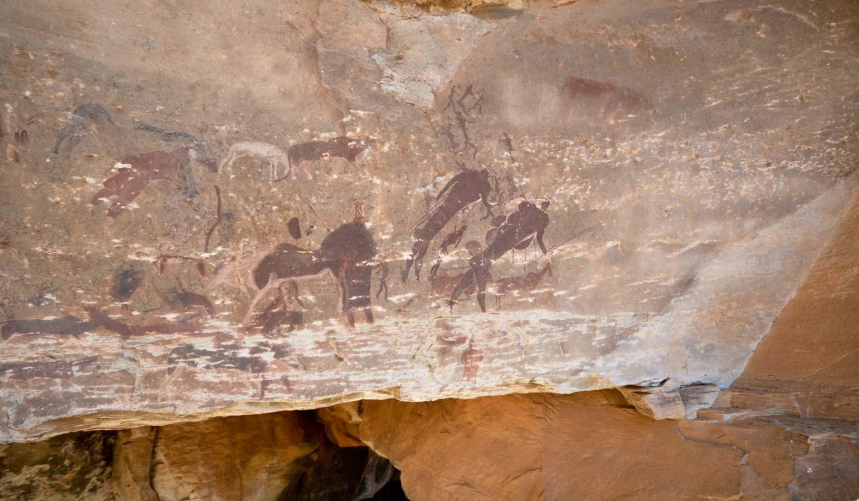 Main Caves Giants Castle bushman rock art